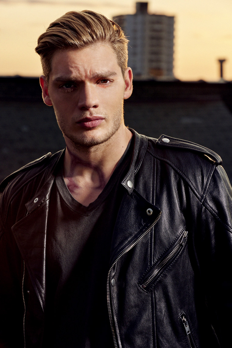 ABCFamily_SH_Dominic-Sherwood_0187