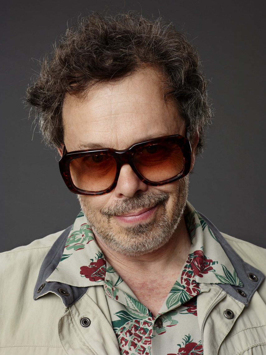 Curtis_Armstrong_0208